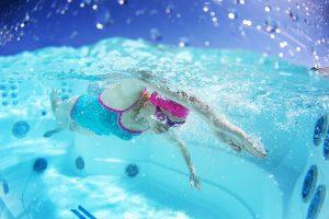 Marozwembaden Endlesspools Fitness System Zwemmachine1 300x200